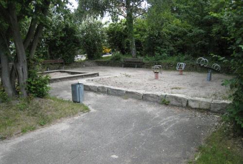 Spielplatz Ecke Flander- / Badbrunnenstr. in Stuttgart, Foto: Spielplatztreff-User Tamaris