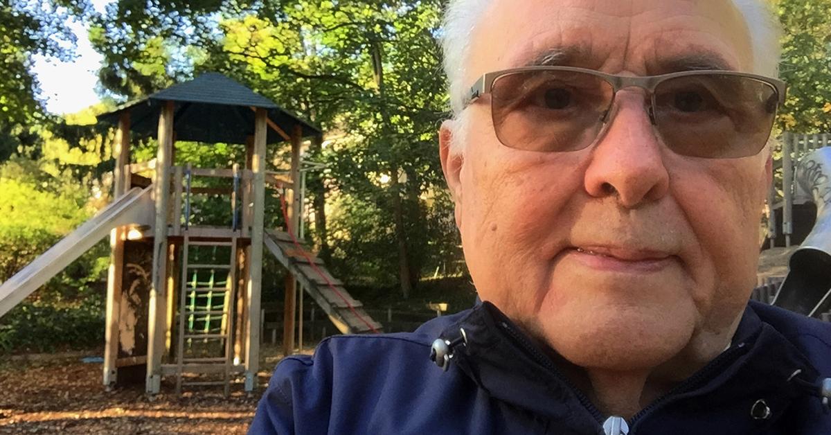 """Wolfgang Krämer engagiert sich seit 11 Jahren bereits als Spielplatzpate und ist für die Kinder """"der Opa"""". Foto: privat"""