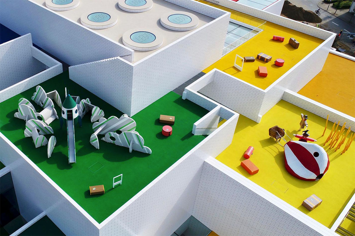 Spielplatz auf dem LEGO Haus in Dänemark