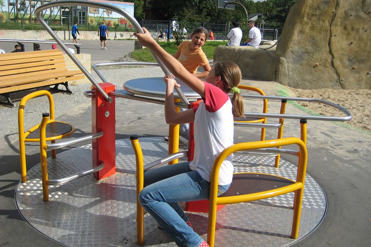 Rollstuhl-Karussell