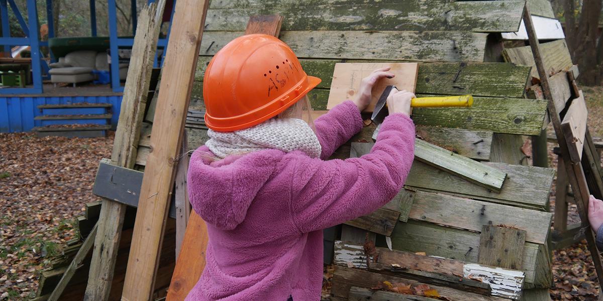 Hütten bauen - Abenteuerspielplatz Melverode