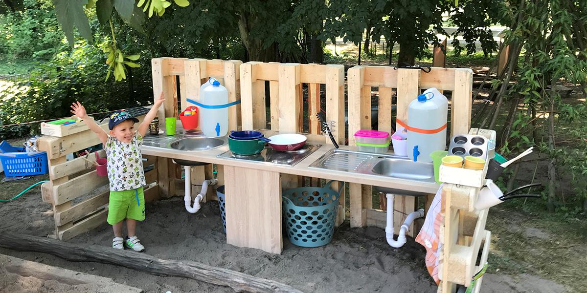 Outdoor Kinder-Matschküche