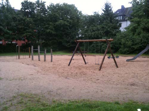 Spielplatz Leuthenstraße in Köln