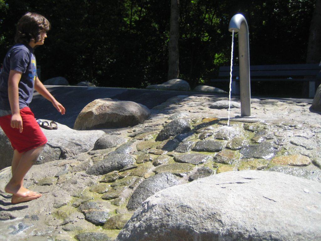 Wasserspielplatz Weissenseepark München