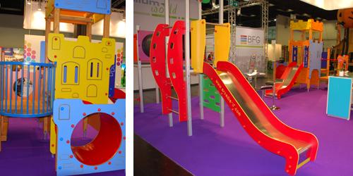 Eine bunten Kletter-Rutsch-Kombination der Firma Arcadia Playgrounds aus Polen