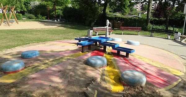 Beim Wasserspielplatz Grüner Weg in Moers musste nachgebessert werden. Foto: Stadt Moers