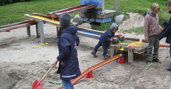 Mit dieser Wasserspielanlage haben die Kinder bis vor 2 Jahren im Weißenseepark gespielt. Foto: Spiellandschaft Stadt e.V.